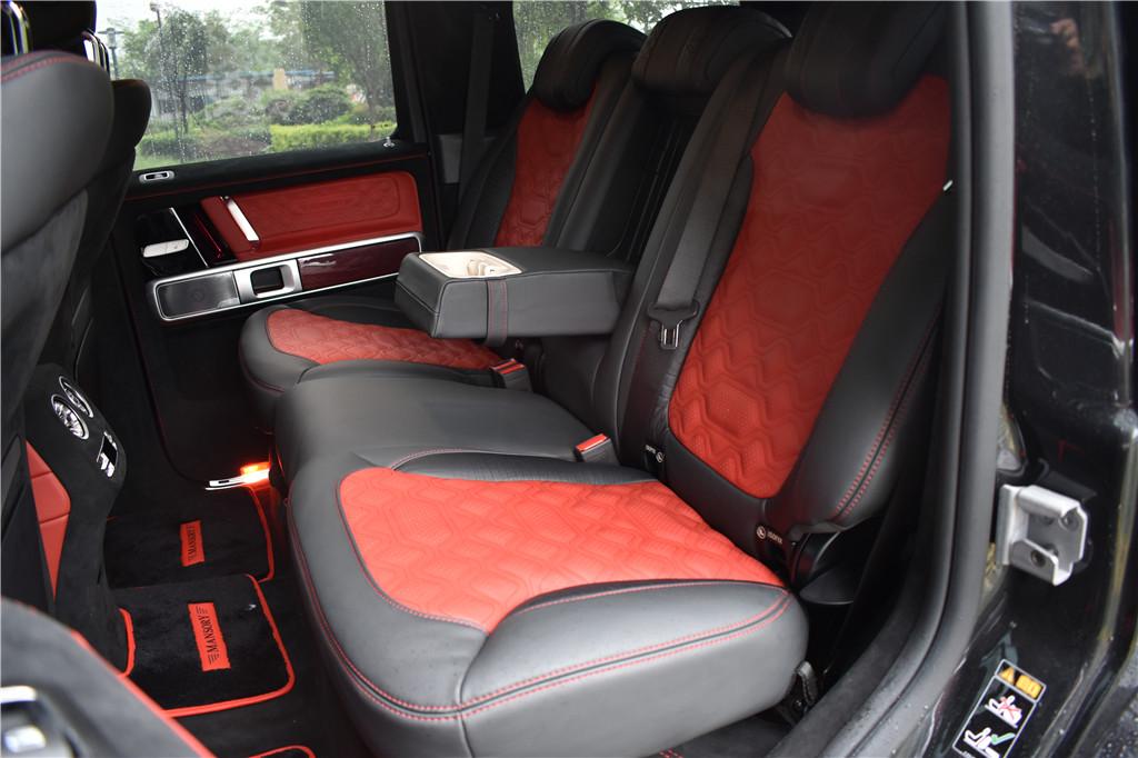成都车展Mansory迈莎锐推出奔驰G级G63全碳纤版,定制专线:15088779054